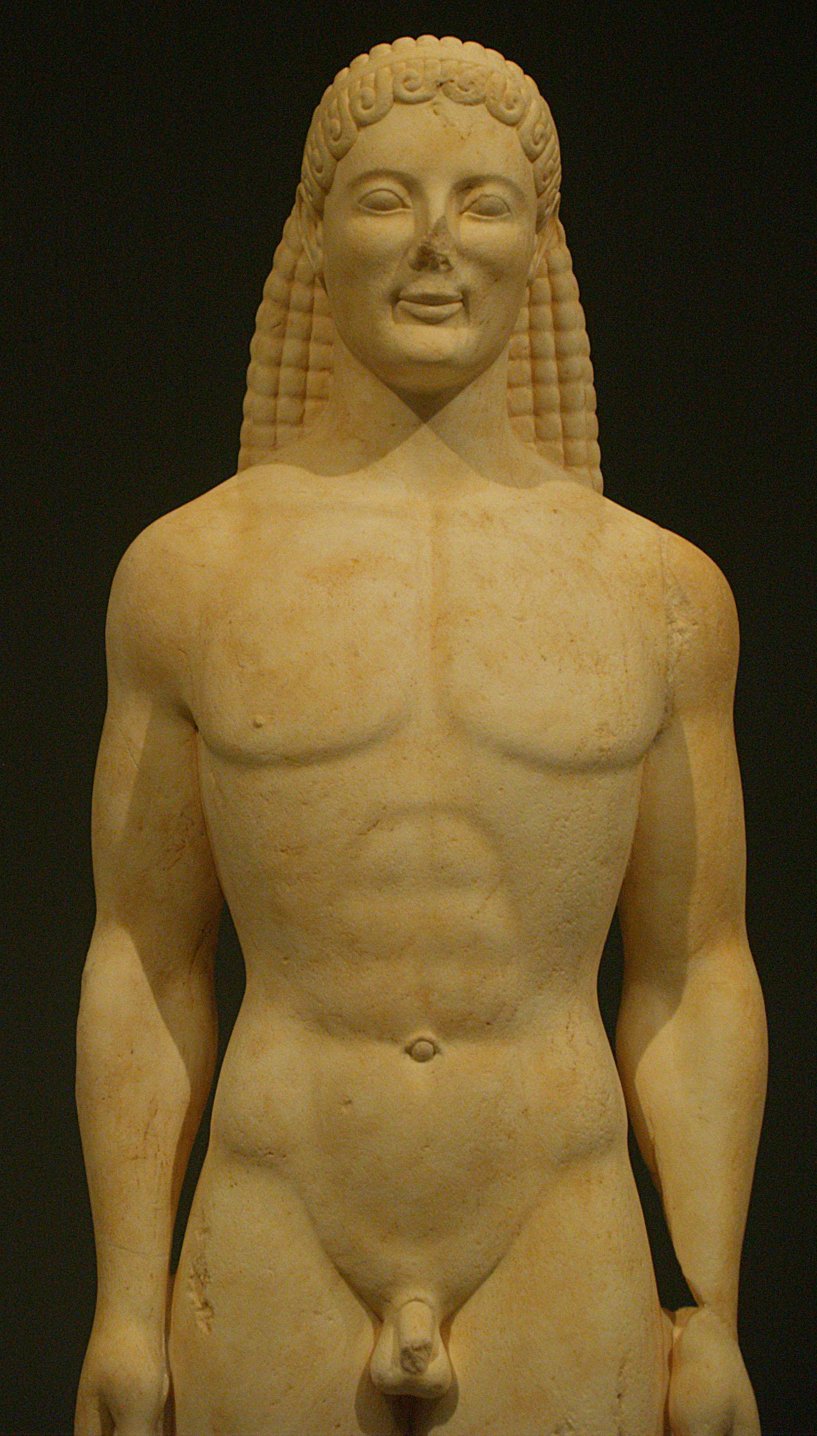 Figura 4. Kouros, mármore (século VI a.C.)